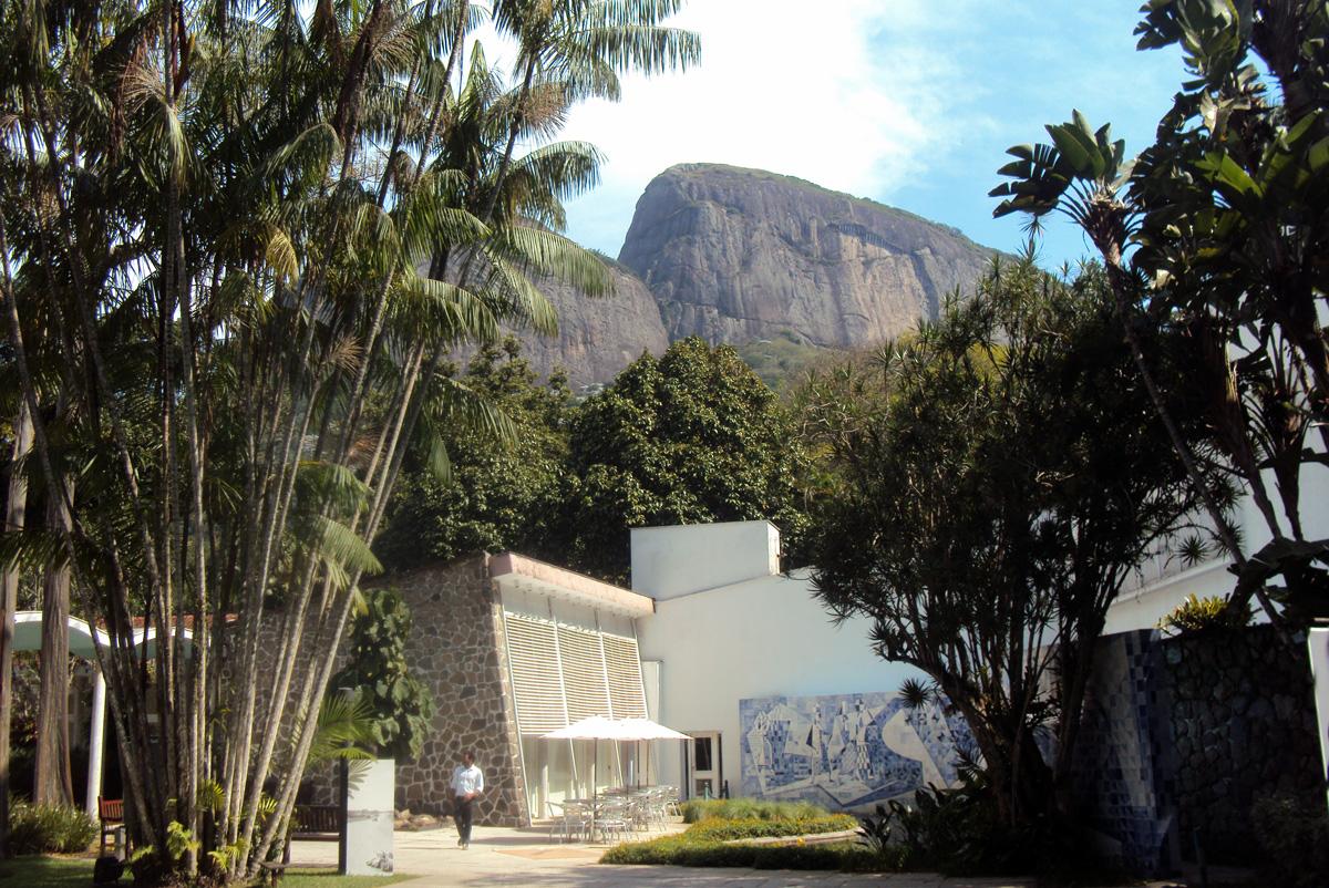 Mansión en el corazón de Gavea. Cerca está la favela Rocinha / Foto: Cortesía del autor
