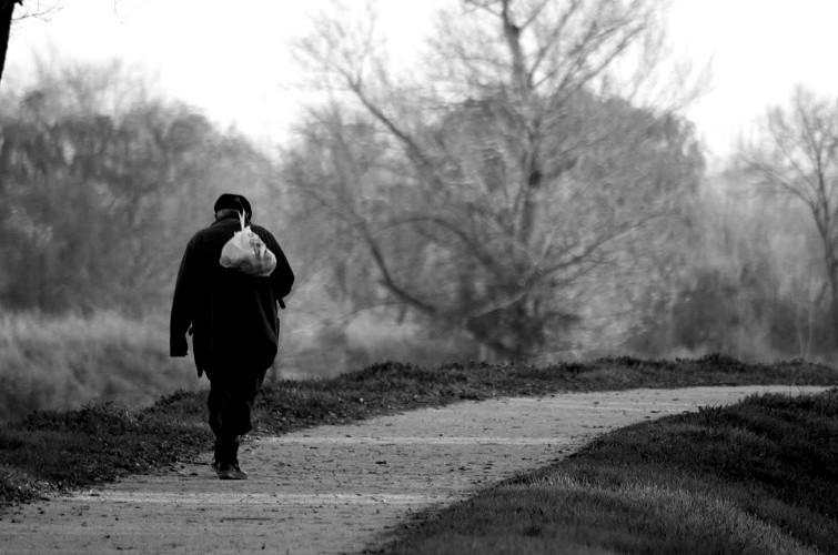 hombre caminando