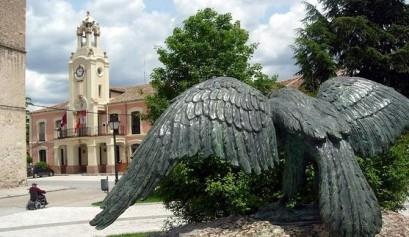 Vista de Aguilafuente con el Ayuntamiento al fondo