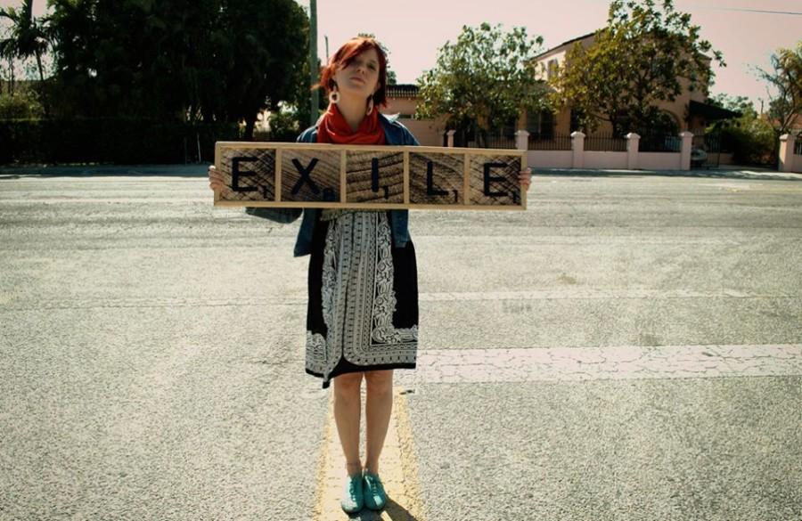 Kelly Martinez Grandal, del proyecto Exile. Juan Si Gonzales y Rank Ulliner