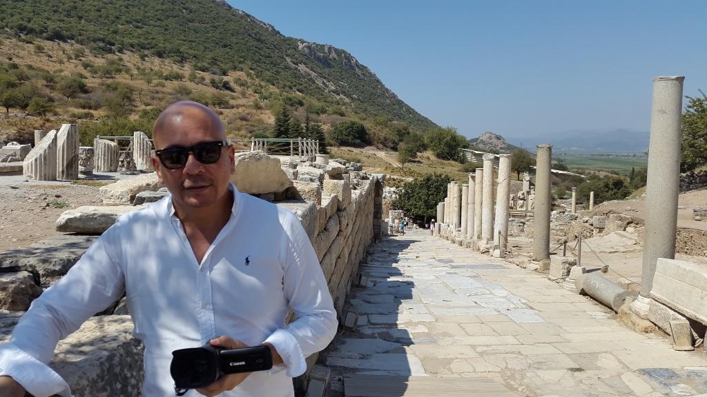 Julio Acanda en Efeso, Turquía / Foto: Cortesía del entrevistado