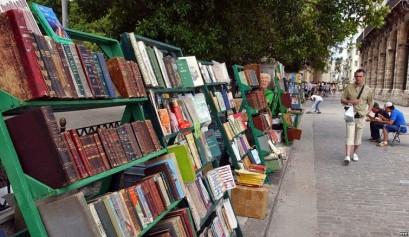 3 libros plaza-armas