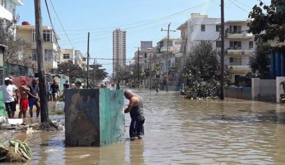 Inundaciones en el Vedado / Foto: Abraham Jiménez Enoa