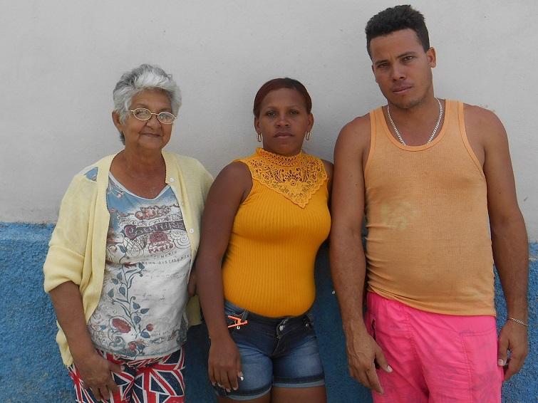 Neovis, Bárbara y Alexei / Foto: Cortesía del autor