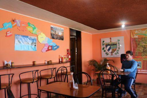 Ernesto en el restaurante de la Flaca / Foto: Cortesía del entrevistado