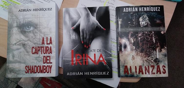 Novelas de Adrián Henríquez / Foto: Cortesía del entrevistado