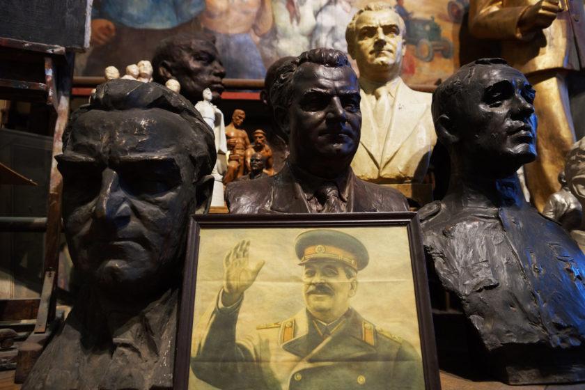 Imágenes de líderes comunistas. Primer plano: Stalin. Alejandro Taquechel. Museo del Comunismo (Praga).