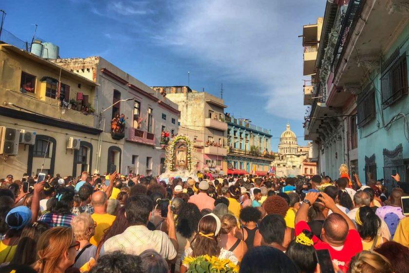 Procesión por Día de la Virgen de la Caridad del Cobre. La Habana, 8 de septiembre. Mónica Baró.