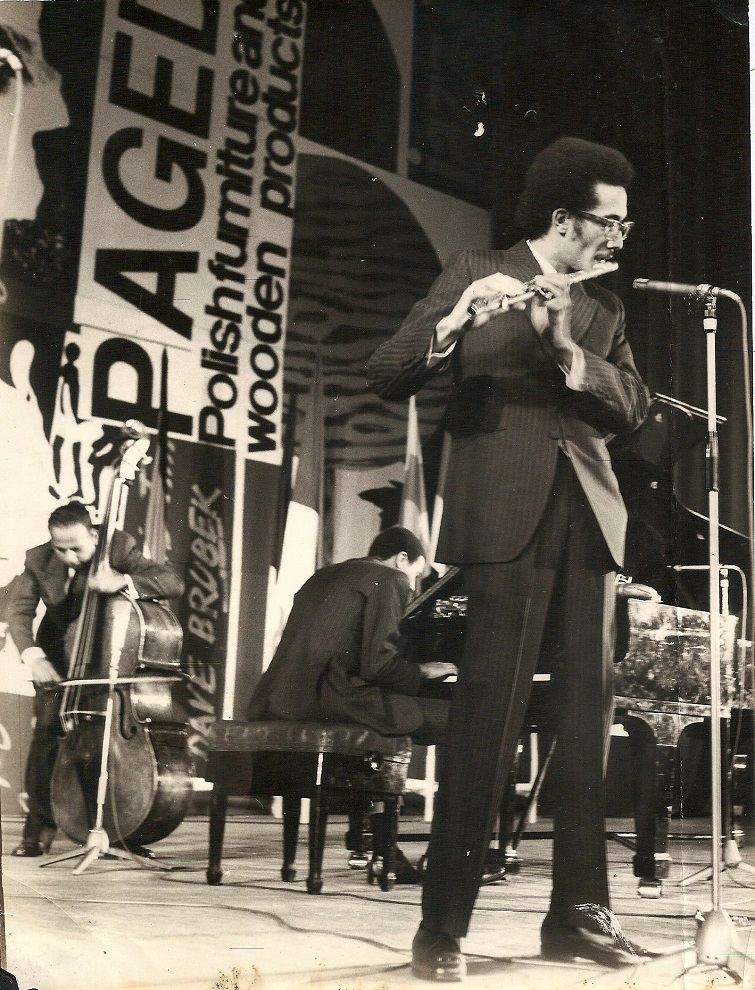 08.Paquito D'Rivera en el festival Jamboree, en Varsovia. 1970s. Foto cortesía de Paquito D'Rivera.