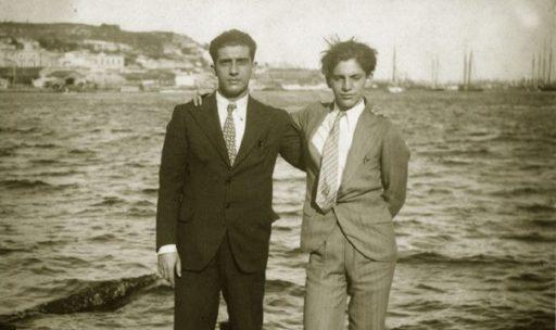 Lezama con Salvador Gaztelu en la Bahía de La Habana (1931).