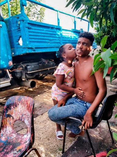 José Antonio y su hermana Flavia / Foto: El Estornudo