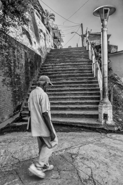 William Riera. Las escalinatas de Santiago (Callejón Santiago).