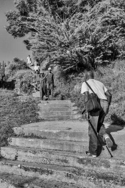 William Riera. Las escalinatas de Santiago (Artes y Oficios).