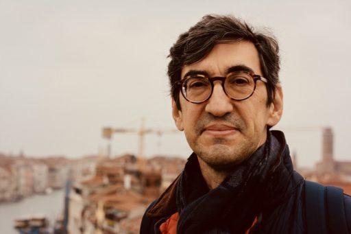 Ernesto Hernández Busto. Venecia, noviembre de 2018. Cortesía del entrevistado.