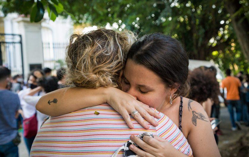 Manifestación de artistas e intelectuales ante el Ministerio de Cultura en La Habana (27-11-2020) / Foto: Evelyn Sosa