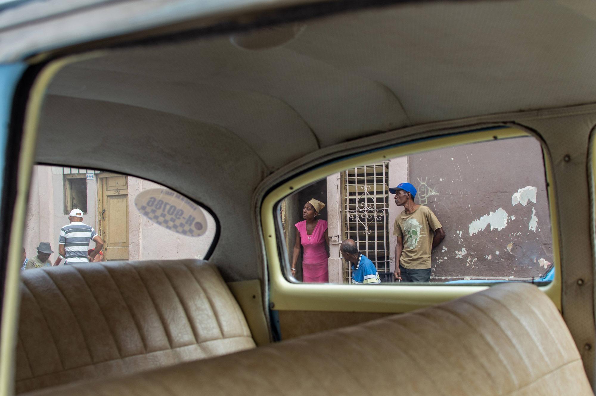 Linda Esperanza Aragón. La Habana: El viaje fue mirar.