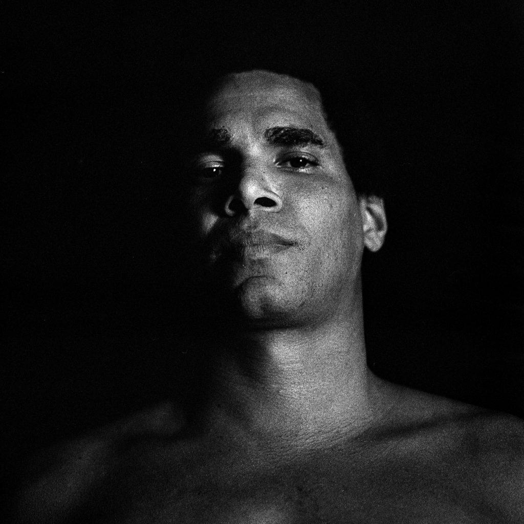 Anyelo Troya. De qué me van a hablar (Luis Manuel Otero).