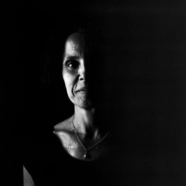 Anyelo Troya. De qué me van a hablar (Omara Ruiz Urquiola).