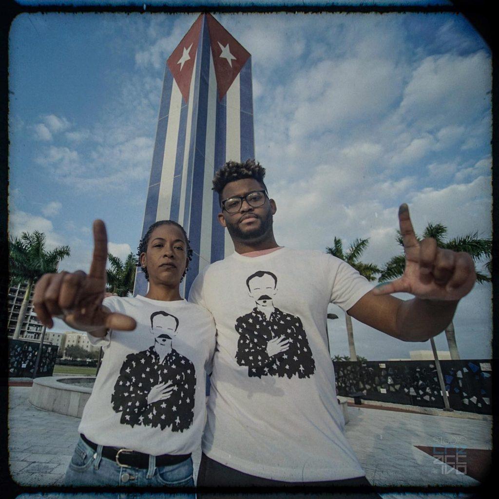 Iniciativa «Una foto por la libertad». Cuban Memorial de la Universidad Internacional de La Florida (FIU), Miami, 20 de febrero de 2020.