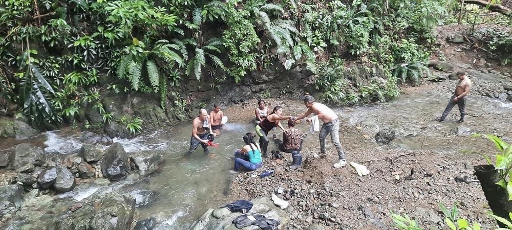 Cubanos en el Darién / Foto: Yosmel Barrios
